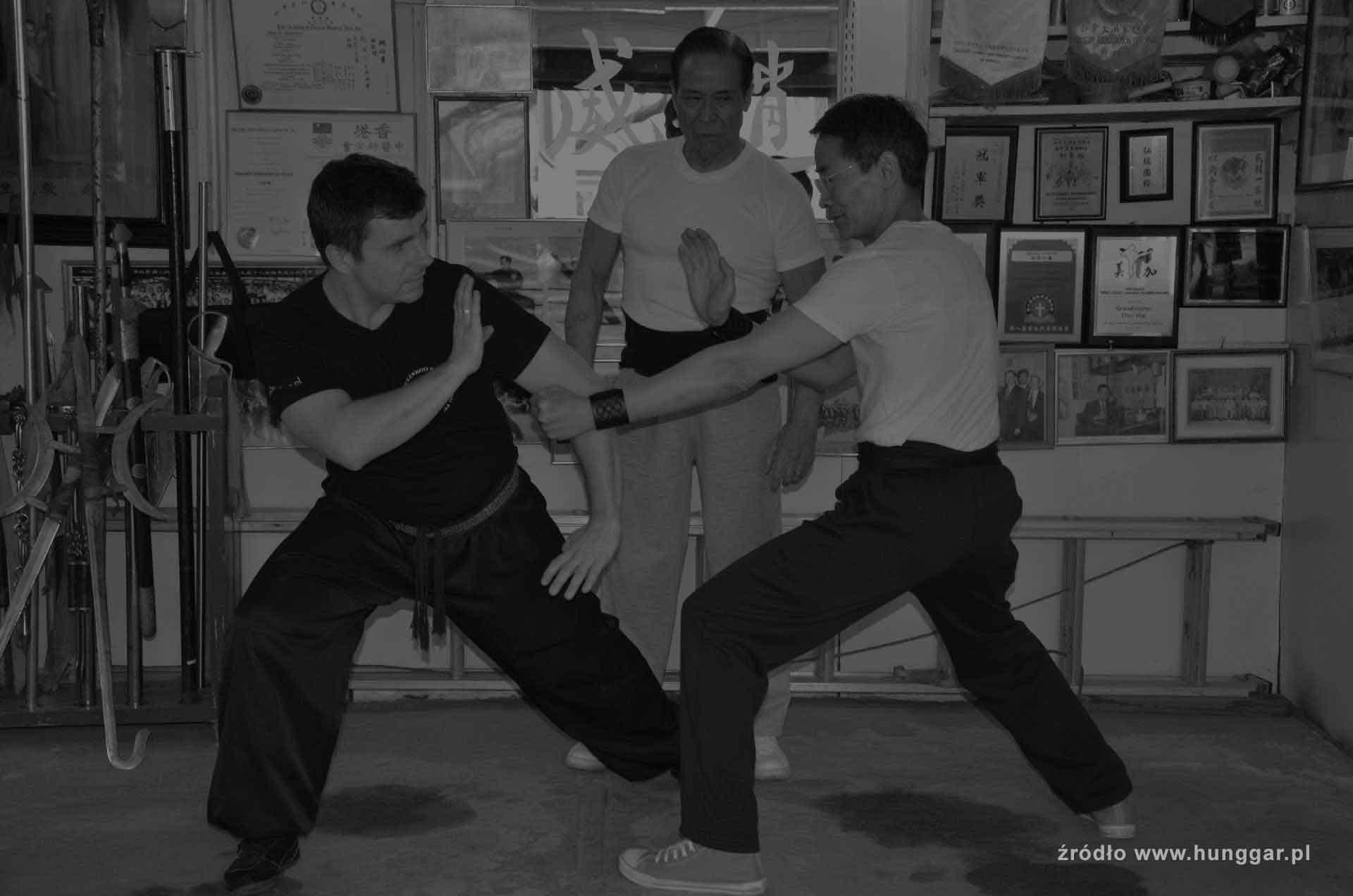 Chiu Wai, Ambrose Chiu, Marcin Jóźwiak